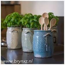 Brynxz pottery